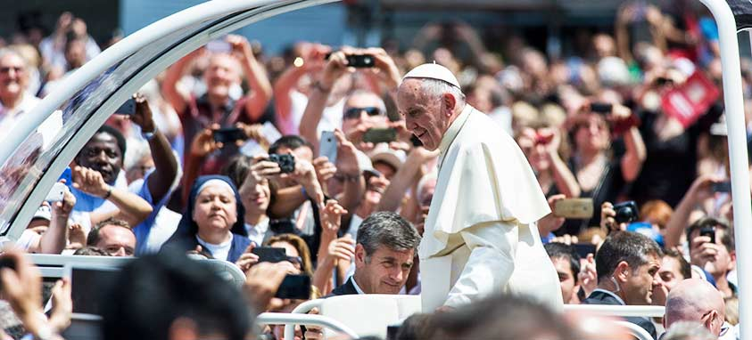 Pope Francis Inspires 10 Tips for Happy Meetings