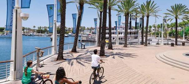 Credit-Long-Beach-Convention-&-Visitors-Bureau-Waterfront-Rainbow-Harbor