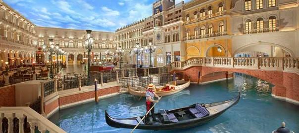 venetian-palazzo-gondola