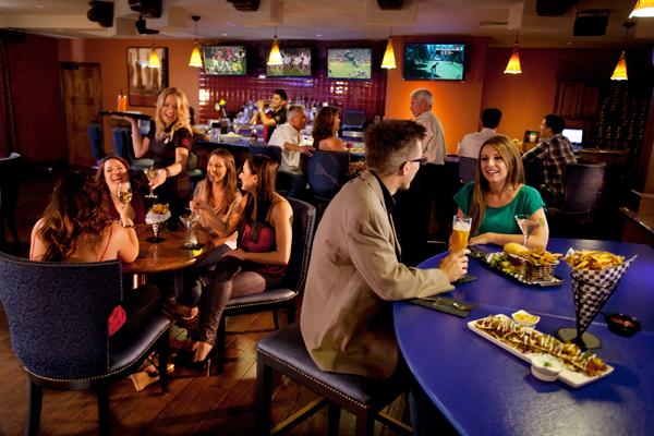 Crush-Ultra-Lounge-Bar-Area