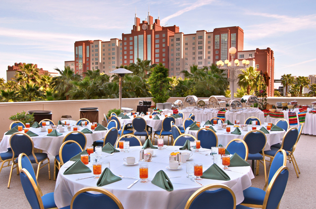 the flamingo grill case problem 1 The flamingo grill is an upscale restaurant located in st petersburg florida to help the flamingo grill is an upscale restaurant complete problems 1 and 2.