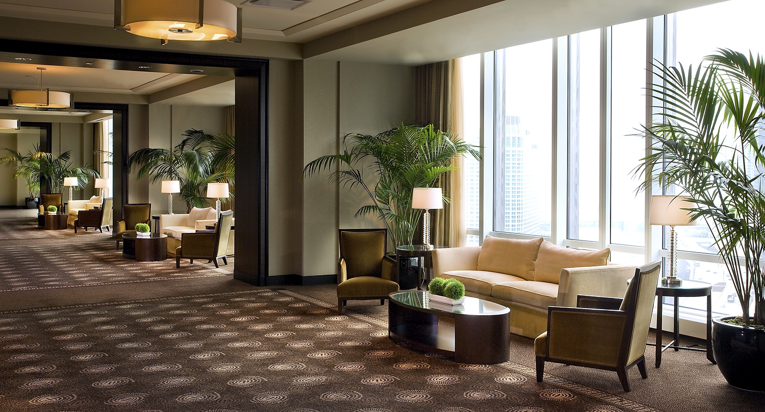 Foyer In Hotel : Trump international hotel tower chicago smart meetings