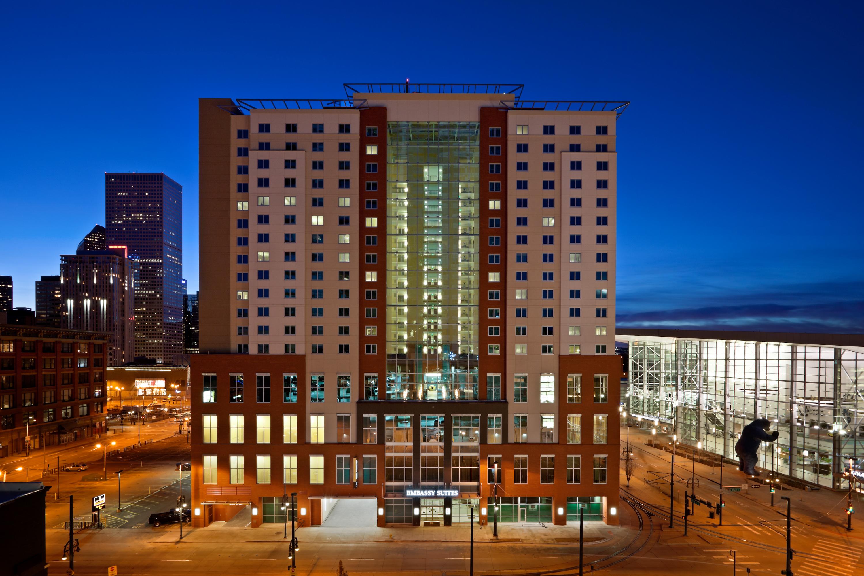 embassy suites denver downtown convention center smart. Black Bedroom Furniture Sets. Home Design Ideas
