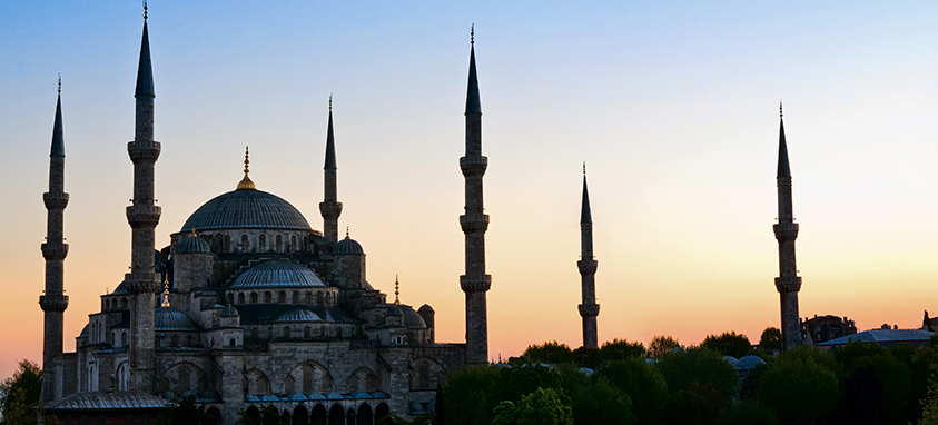 4 Helpful Tips for Americans Traveling to Turkey